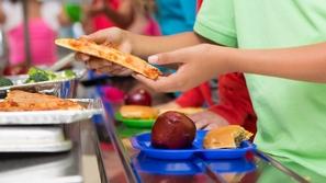 اختبري نفسك قبل العودة للمدارس: أي من هذه الأطعمة يصلح لطفلك!