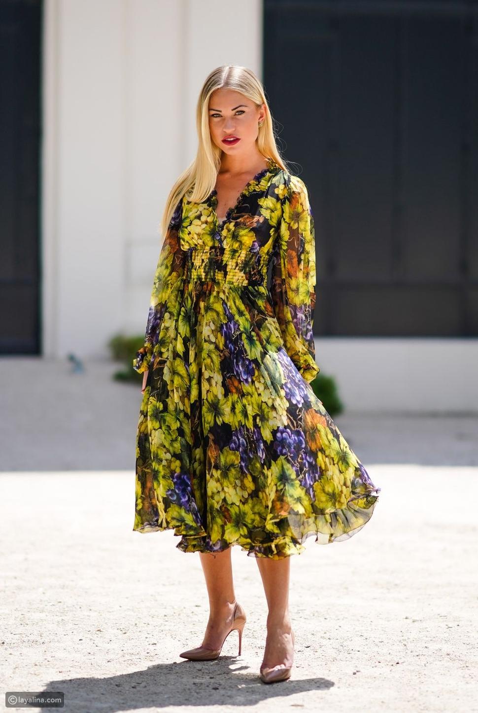 طريقة ارتداء الفساتين طويلة الأكمام