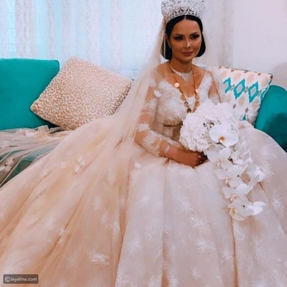 ديانا كرزون تتألق بفستان زفاف ملكي