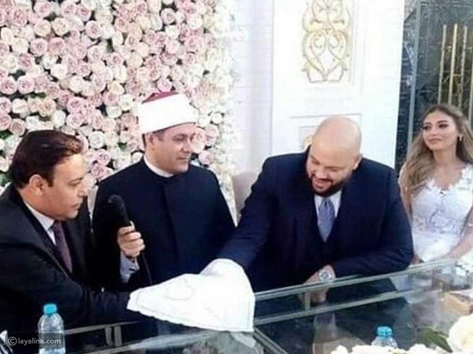 الصور الأولى من عقد قران ميار الغيطي