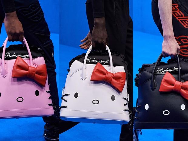 Balenciaga تطلق مجموعة من الحقائب بشخصية Hello Kitty