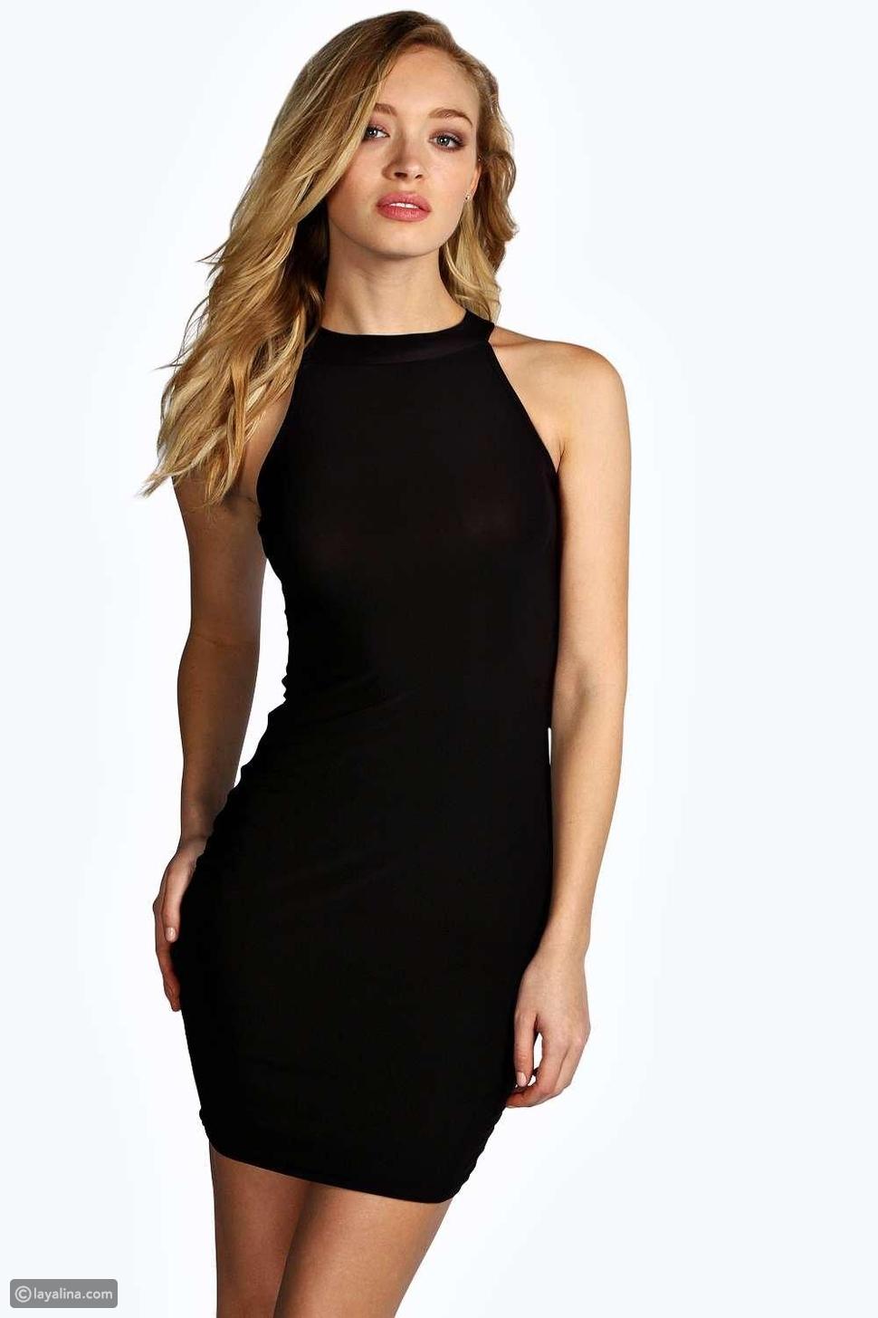 فستان أسود ضيق وقصير