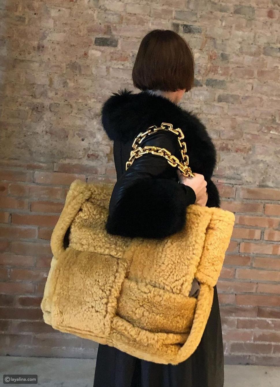 حقيبة يد بوتيغا فينيتا مزدوجة كبيرة انترشياتو شيرلينغ