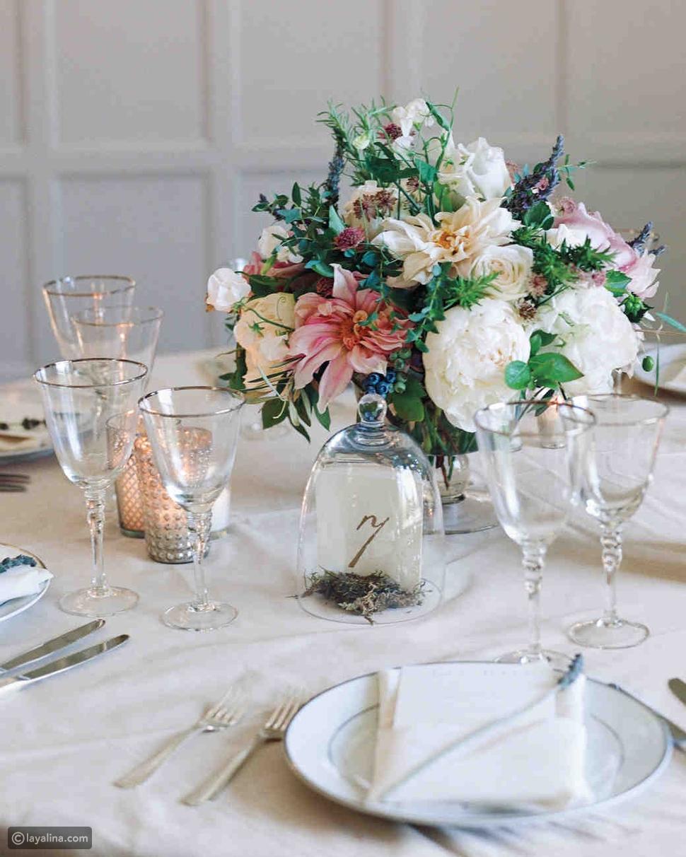 اختيار دعوات الزفاف