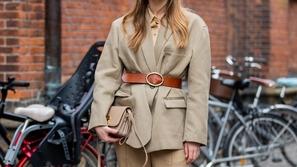 ارتدي الحزام على طريقة فتيات Street Style