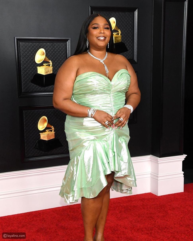 ورود وفراشات.. ألوان الربيع تزدهر في حفل Grammy Awards 2021