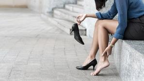 ماسكات طبيعية لتقشير القدمين