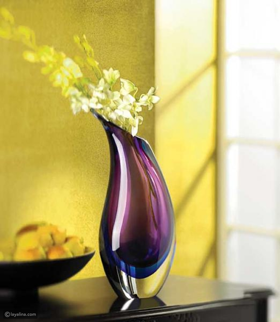 المزهريات الزجاجية الملونة