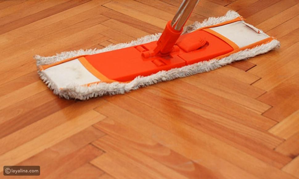 طريقة تنظيف الباركيه الغامق