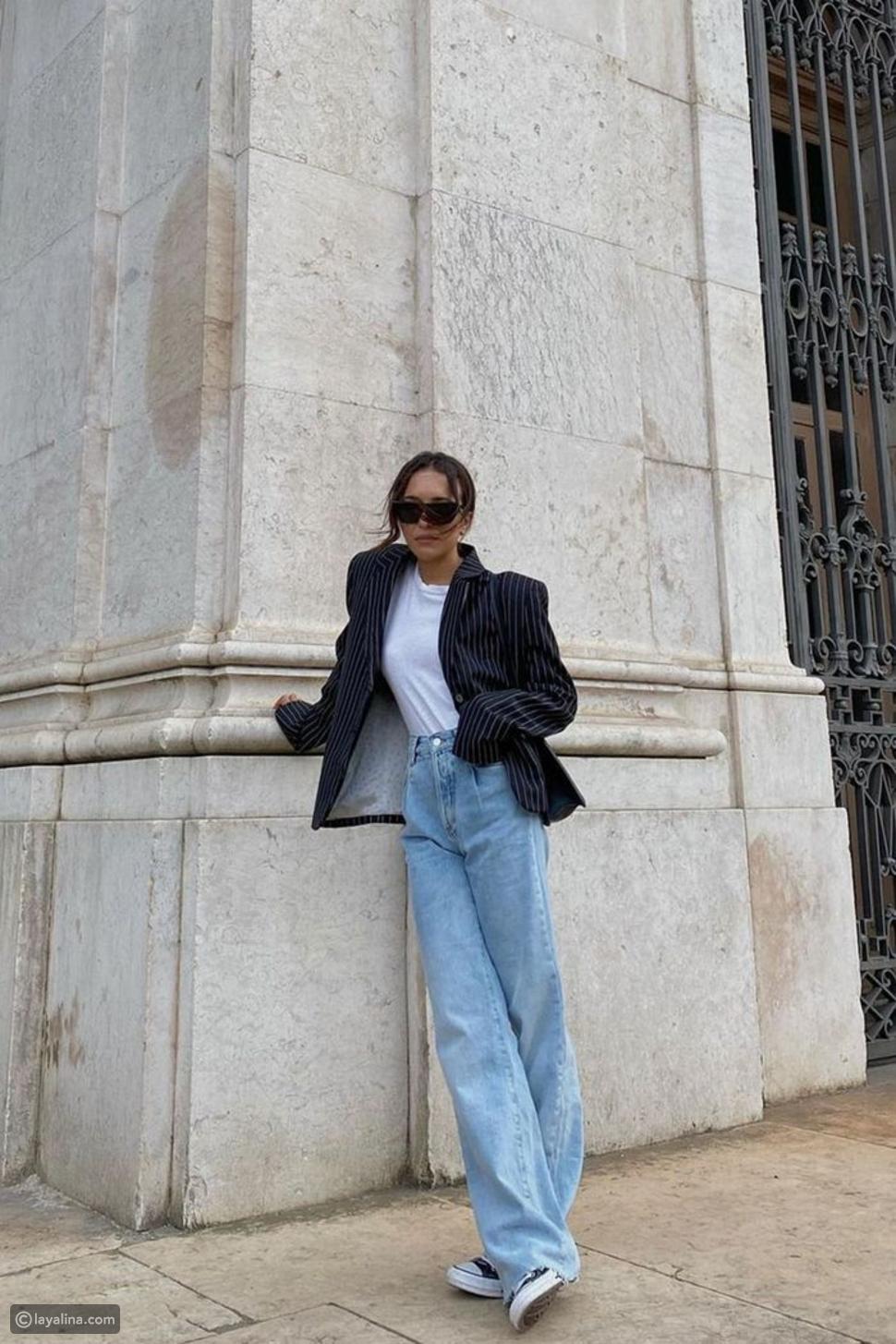 جينز واسع مع سترة كبيرة الحجم