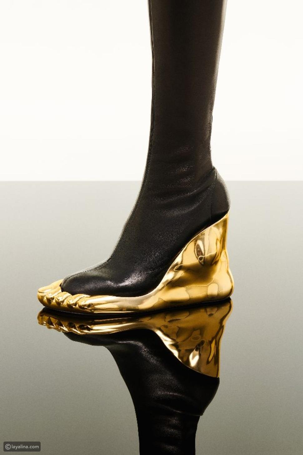 حذاءمنحوتمن Schiaparelli