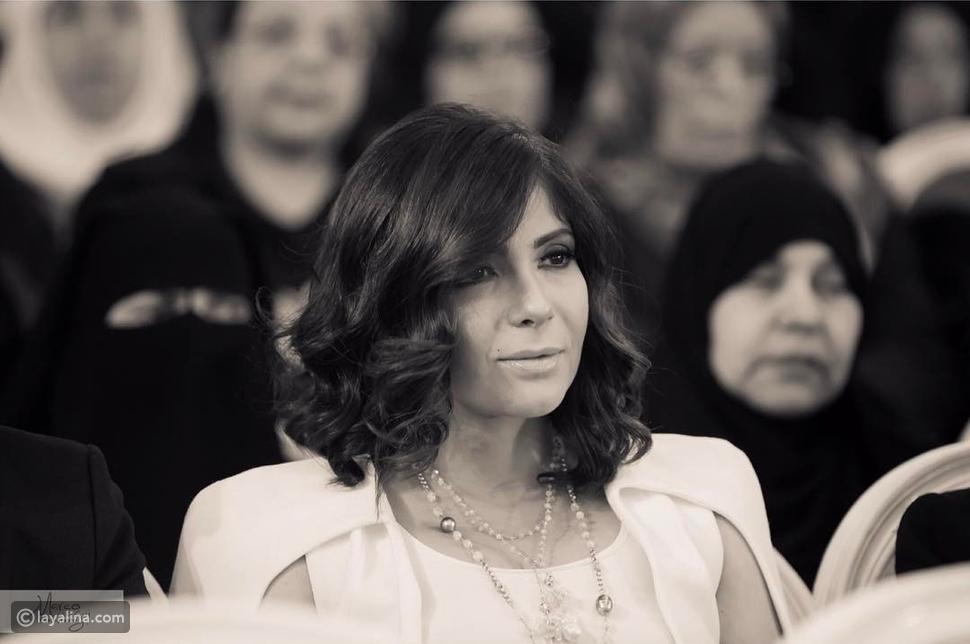 تكريم منى زكي في احتفالية المرأة المصرية