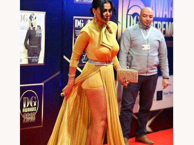موجة غضب بسبب فستان رانيا يوسف