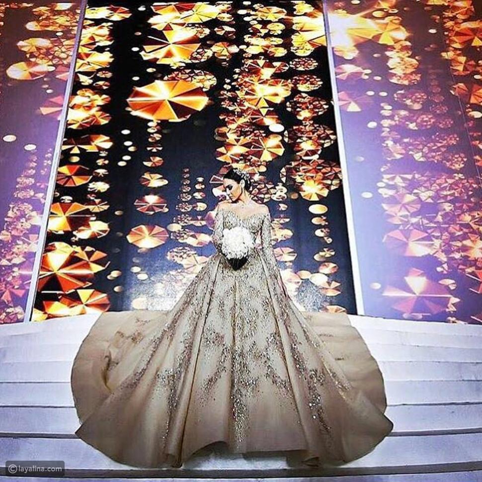 صورة الفستان من الأمام