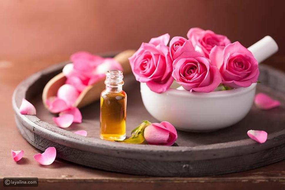 فوائد جمالية ثمينة لزيت الورد للجسم والشعر