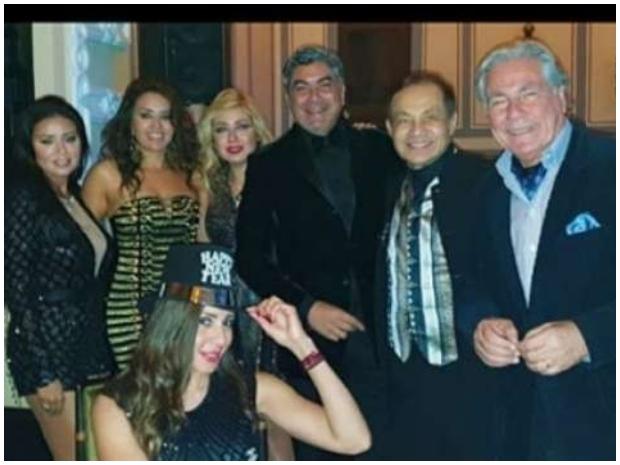رانيا يوسف تحدث ضجة جديدة بفستانها الجريء بحفل رأس السنة