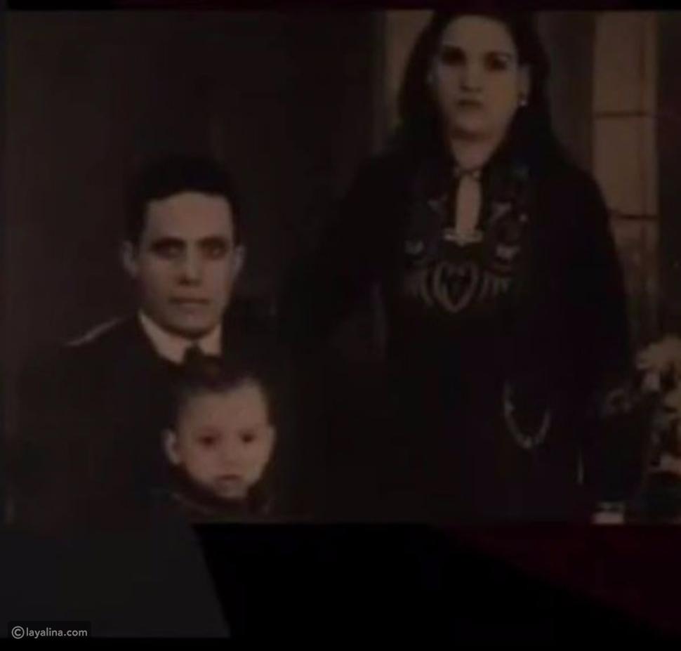 للمرة الأولى صورة تجمع عادل إمام مع والديه في طفولته.. فأيهما يشبه؟