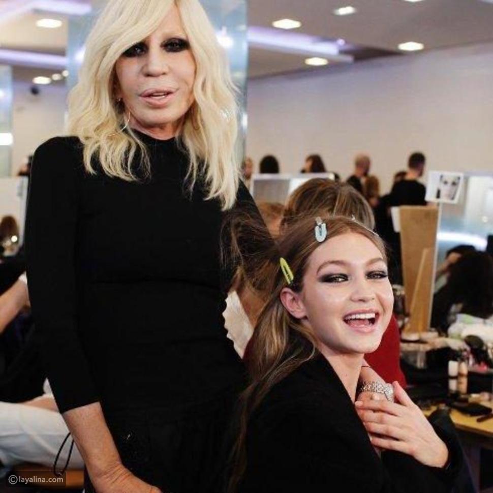 Gigi Hadid أكبر معجبات Donna Versace