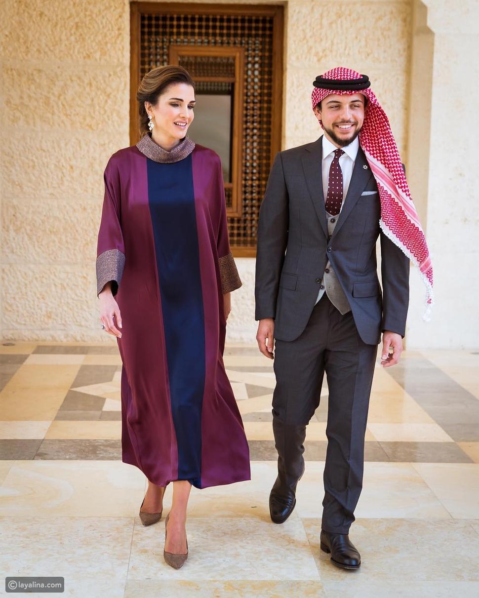 الملكة رانيا مع ولي العهد الأمير الحسين في عيد الاستقلال