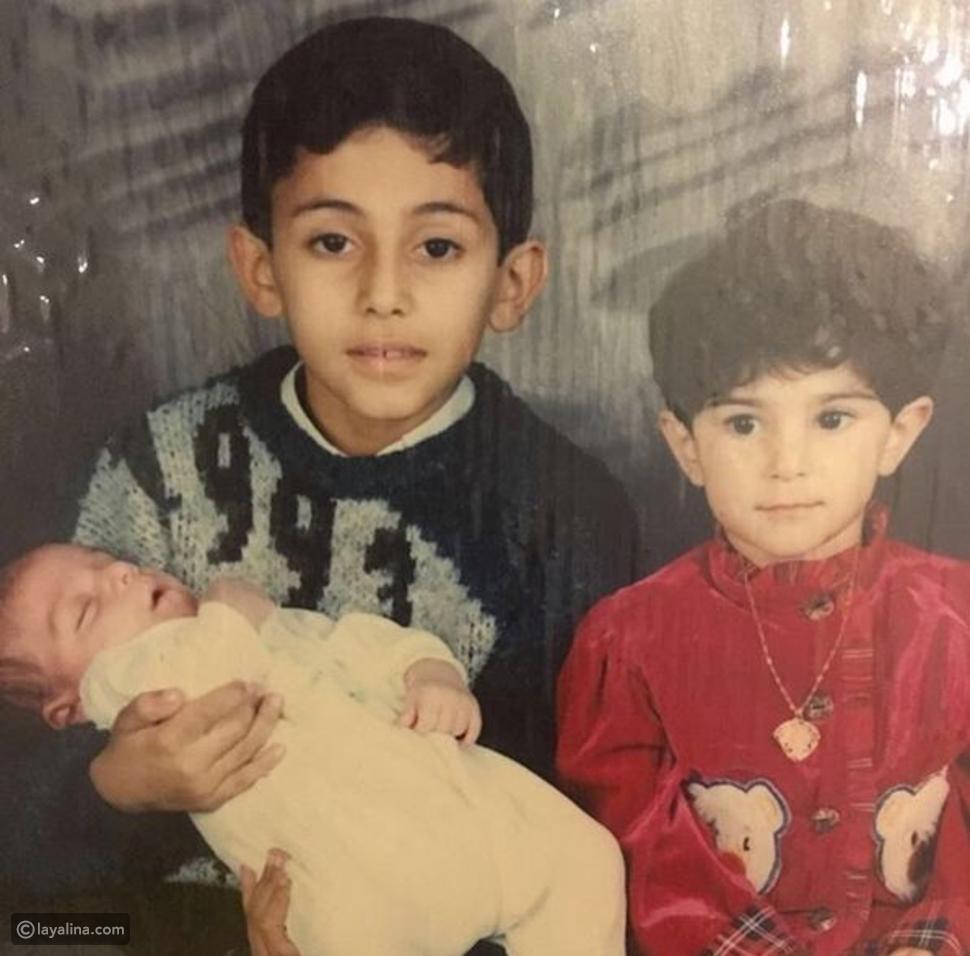 صورة النجم الكويتي عبدالله بوشهري في طفولته ولا يشبه نفسه أبداً!