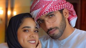 أحمد خميس يرفض وقوف زوجته مشاعل الشحي بجوار مذيع