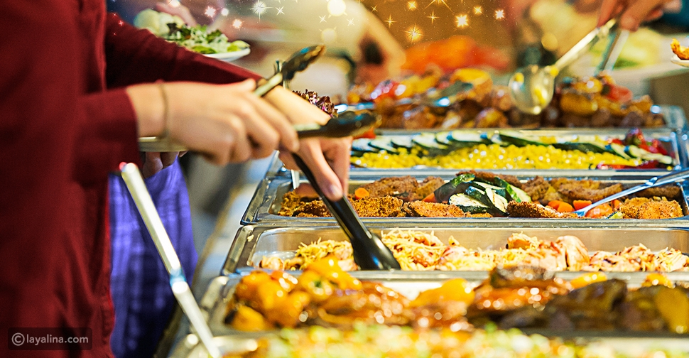 بوفيه الطعام لحفل الزفاف بالمنزل