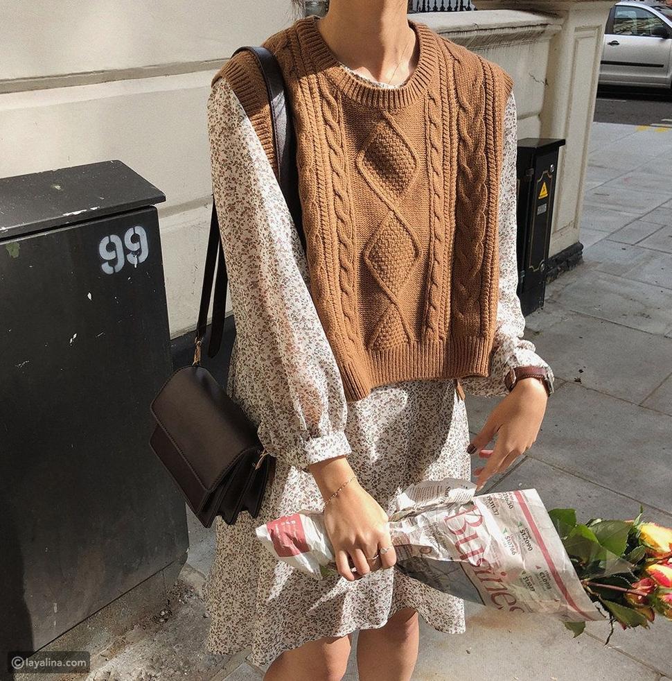سترة صوفية بتسيق فوق فستان