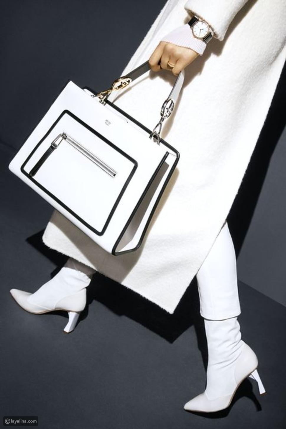قطع أزياء باللون الأبيض من علامة أوف-وايت