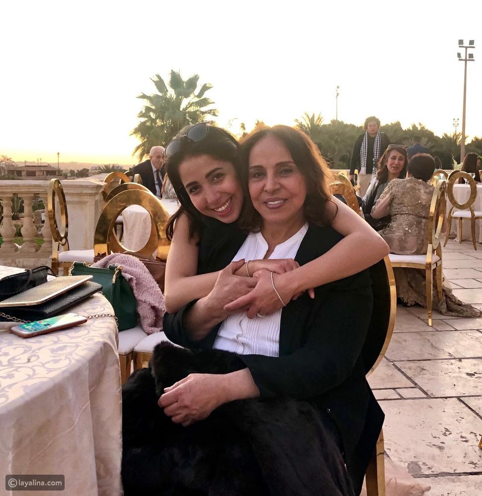 عفاف راضي مع ابنتها مي كمال