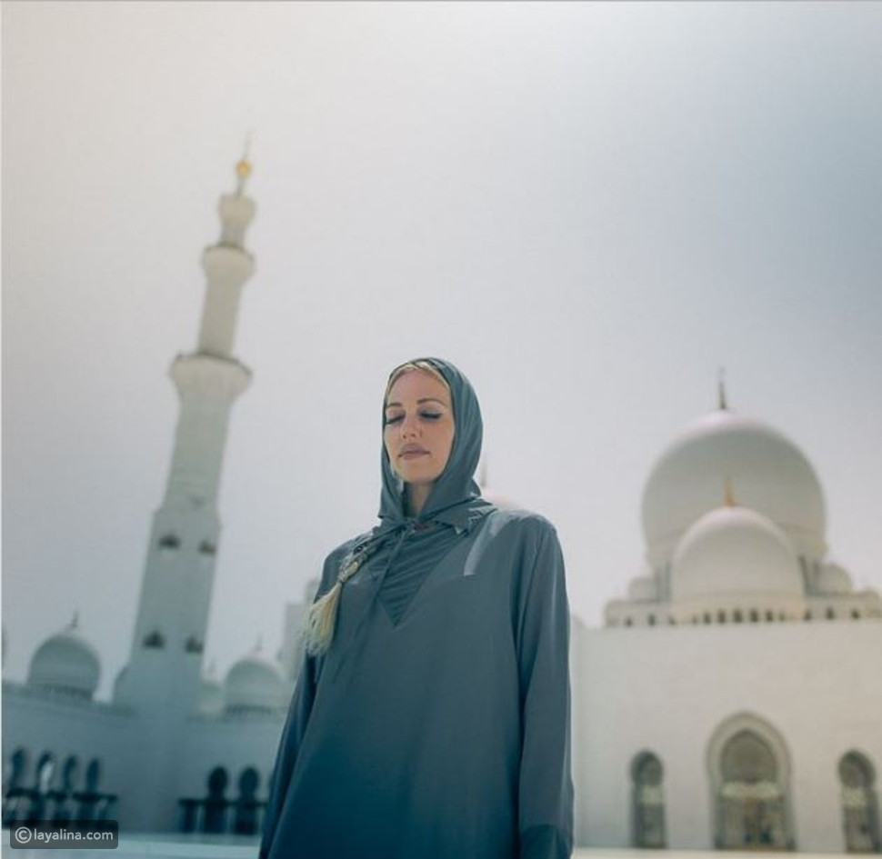 مريم أوزرلي بالحجاب