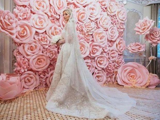 زفاف عروس شيشانية بفساتين زهير مراد وإيلي صعب بنصف مليون دولار