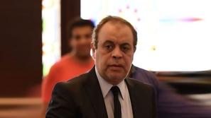 أشرف زكي يعلق على غياب النجوم عن جنازة حسن حسني ورد غاضب لحمدي المرغني