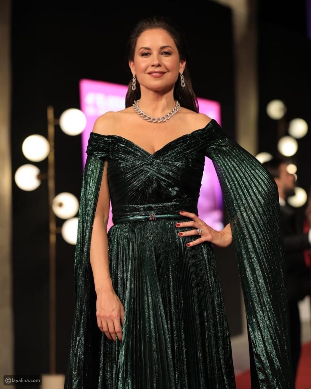 أناقة وثقة: إطلالة ريا أبي راشد في افتتاح مهرجان الجونة السينمائي 2020