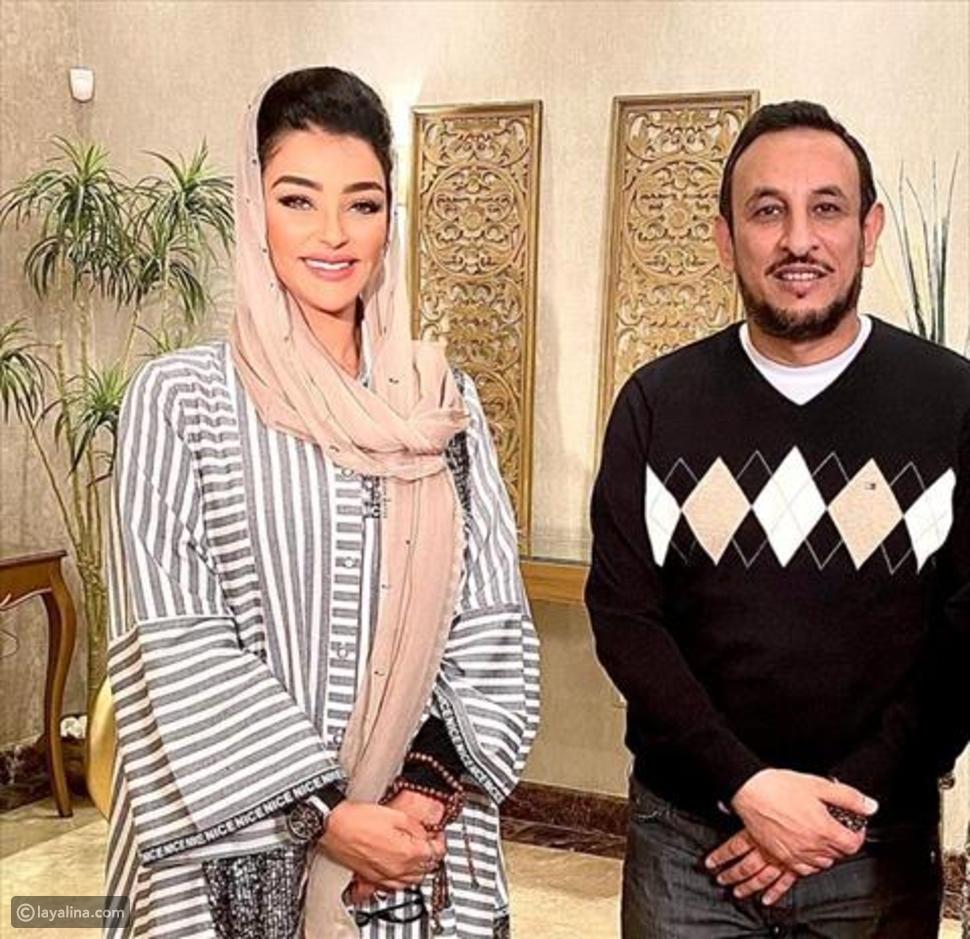 رانيا يوسف تمازح هبة الأباصيري: هنتقابل من غير الطرحة