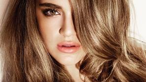 ما هو شامبو الحناء الطبيعي وكيف يعمل على شعرك؟