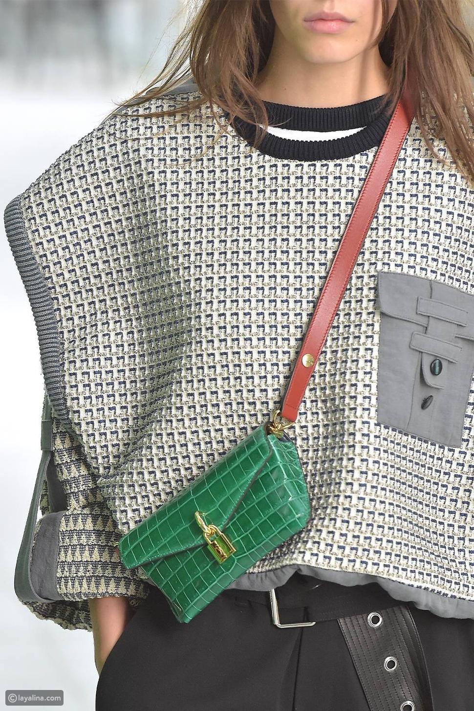 حقيبة كروس من لوي فويتونLouis Vuitton