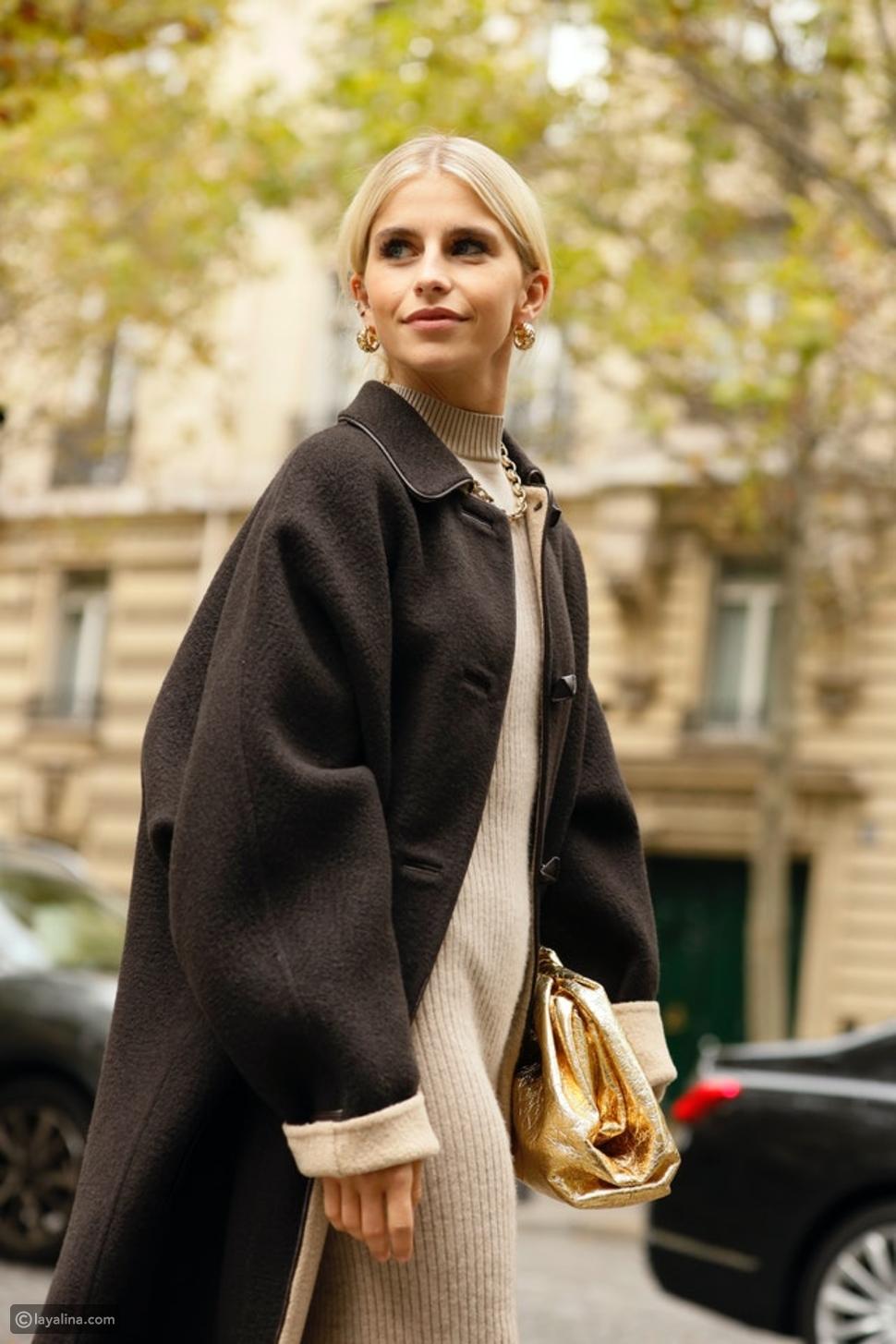 كيف ترتدي فستان محبوك مع سترة وحذاء هاف بوت