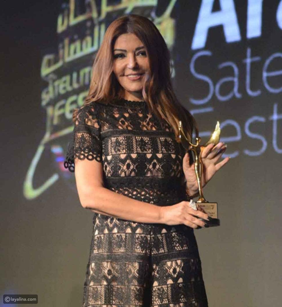 صورة خطأ في إطلالة سميرة سعيد في مهرجان الفضائيات