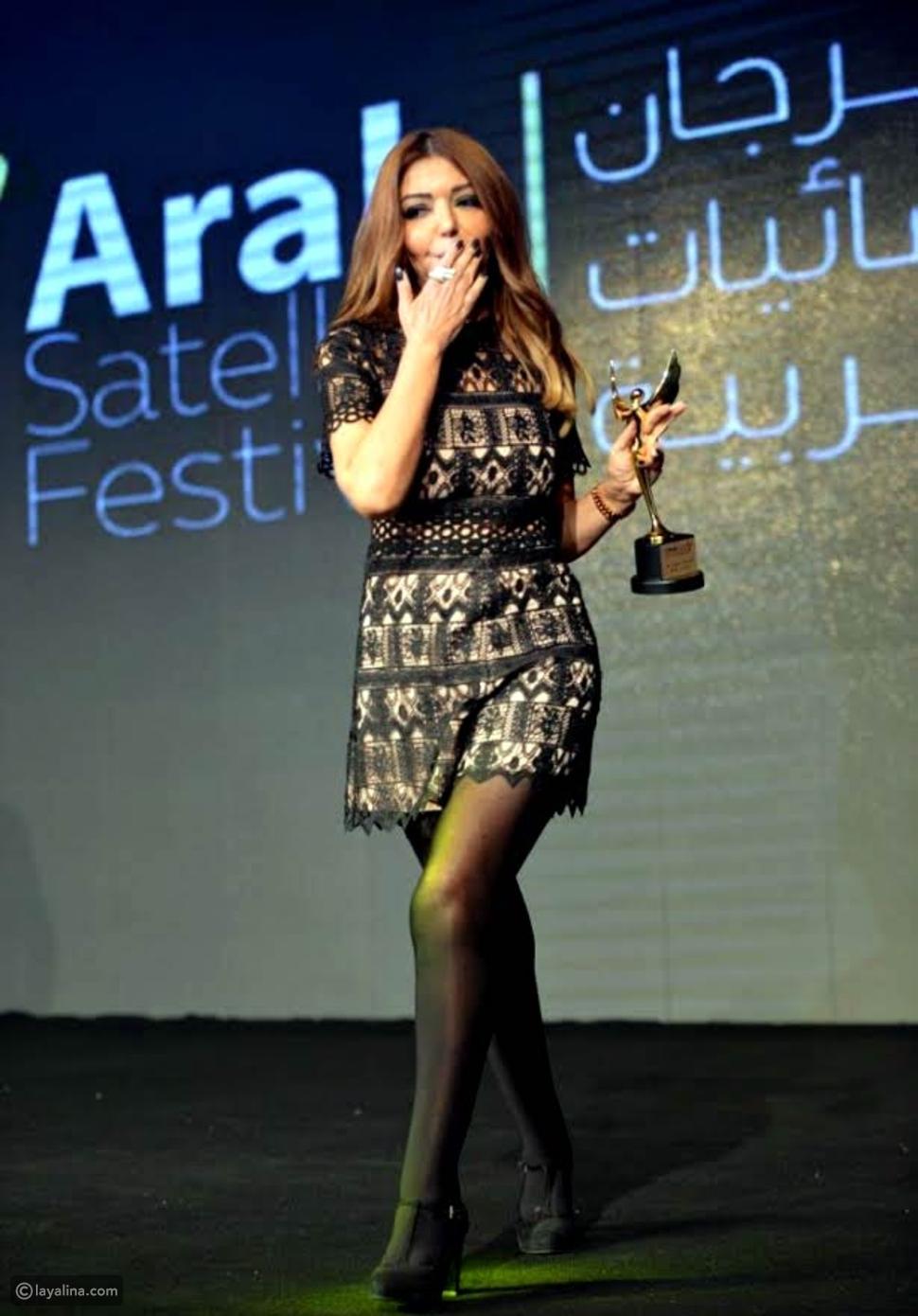 هكذا أطلت سميرة سعيد أثناء تكريمها في مهرجان الفضائيات