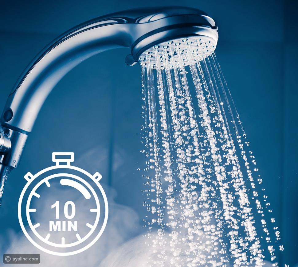 الاستحمام بالماء الدافئ لمدة لا تتجاوز الـ 10 دقائق بشكل غير يومي