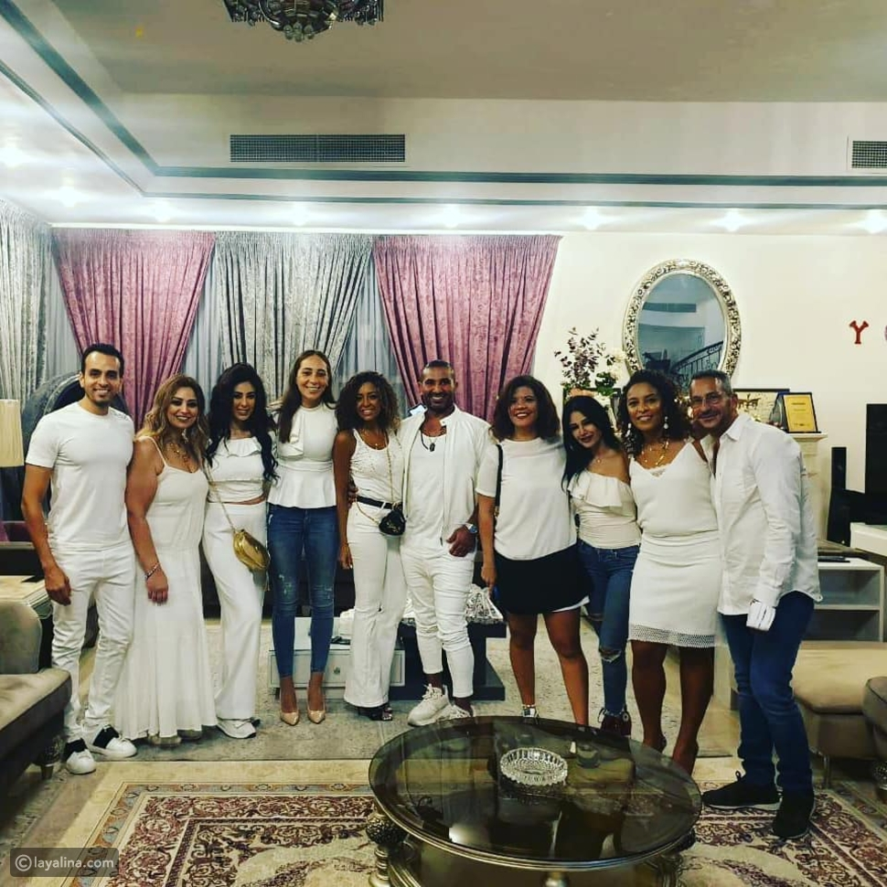 عيد ميلاد أحمد سعد مع الأصدقاء