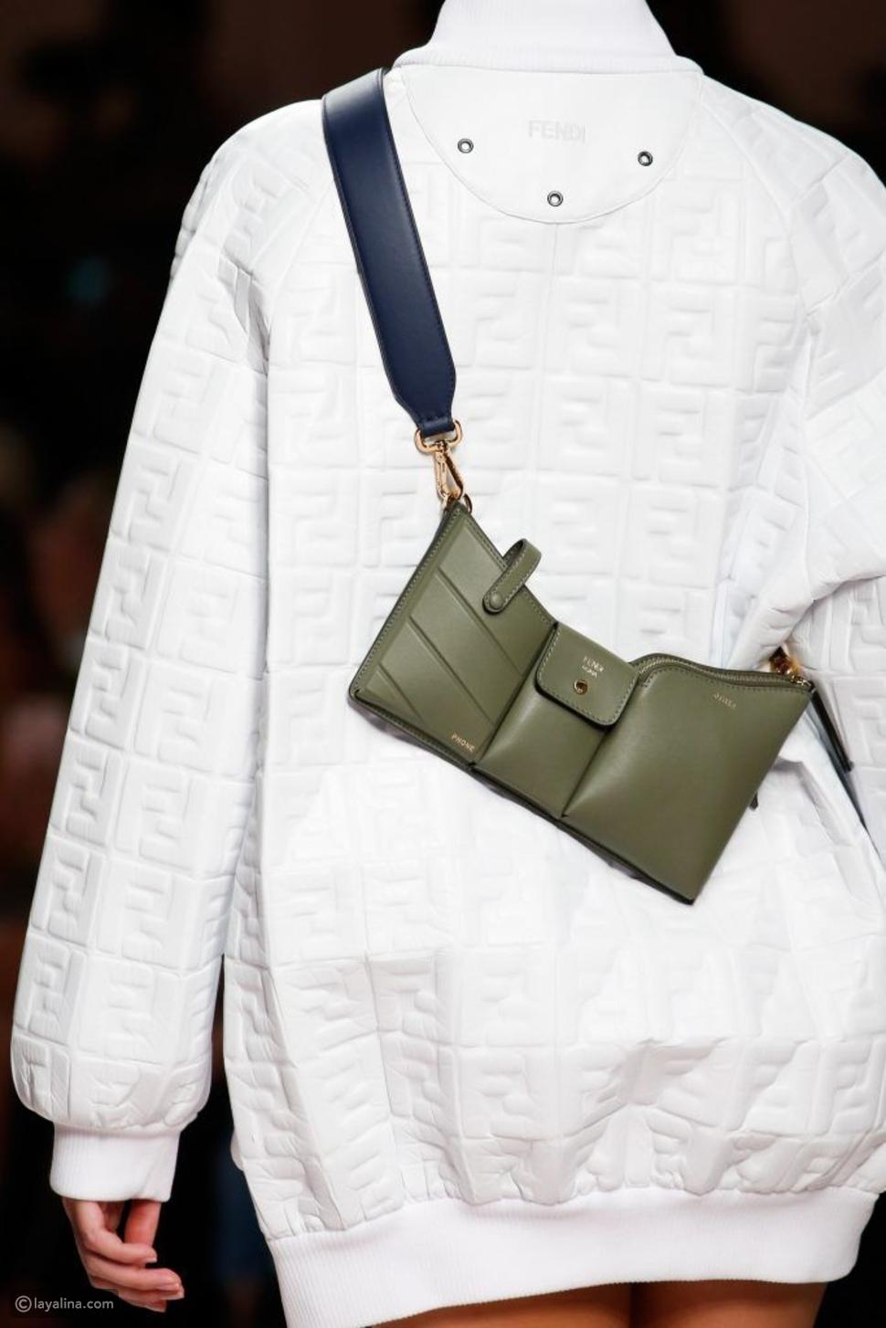 حوّلي حقيبة الخصر الخاصة بكِ إلى حقيبة ظهر