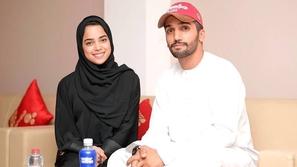 شاهدوا تعليق مشاعل الشحي بعد انتشار فيديو بكائها بحرقة في أحضان زوجها