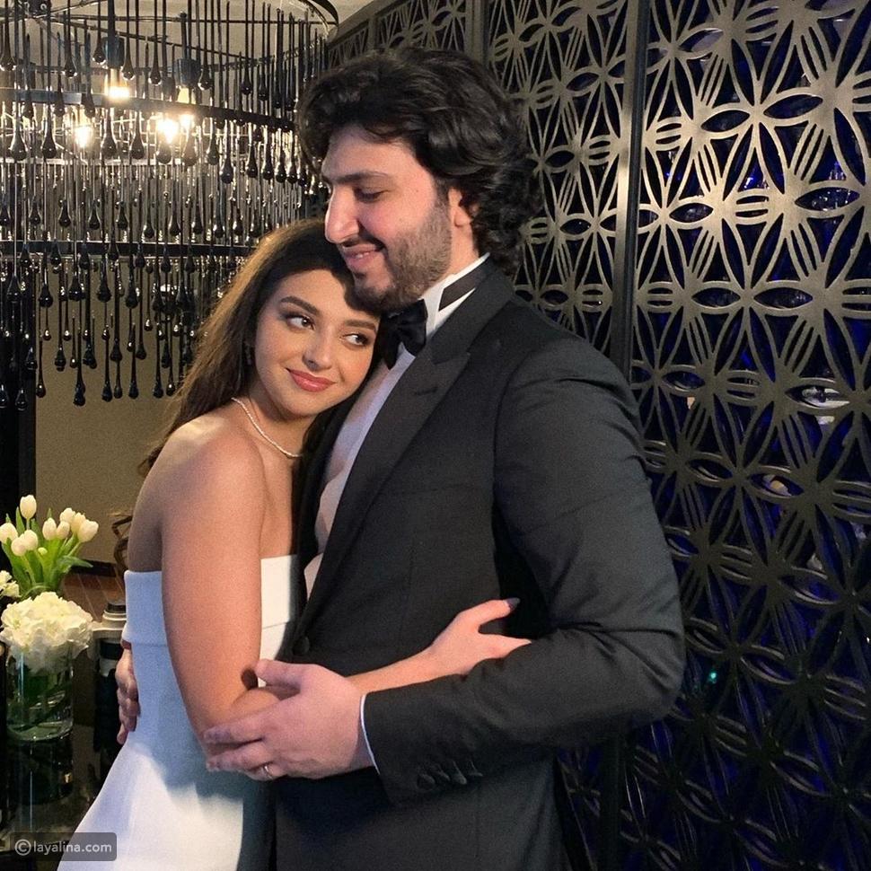 زواج محمد فضل شاكر ووالده يهنئه بهذه الصورة