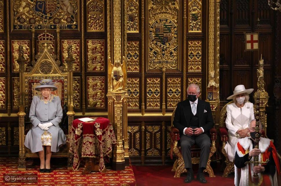 الملكة إليزابيث الثانية والأمير تشارلز وكاميلا دوقة كورنوال