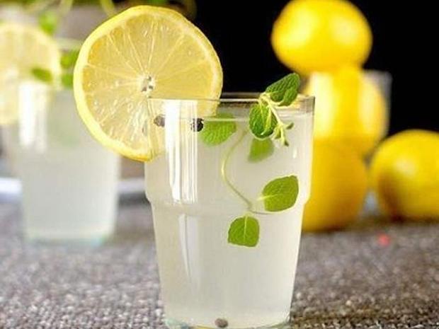 مكونات عصير حامض الليمون