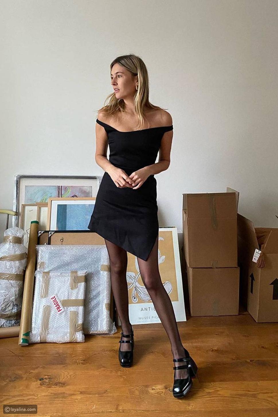 فستان أسود كلاسيك مع جوارب ضيقة