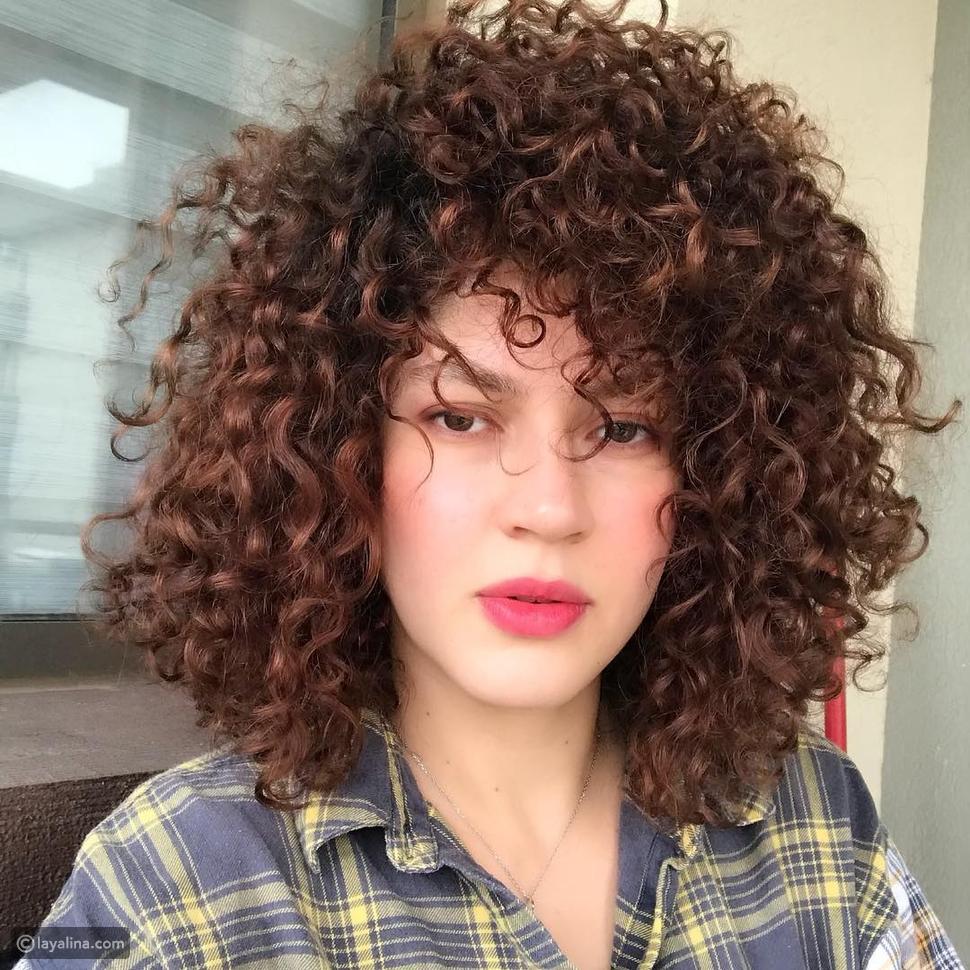 خصلات كيرلي متقنة على طريقة ندى موسى: شعرك هو هويتك