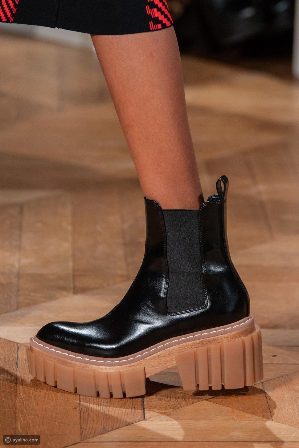 أحذية الكاحل مكتنزة