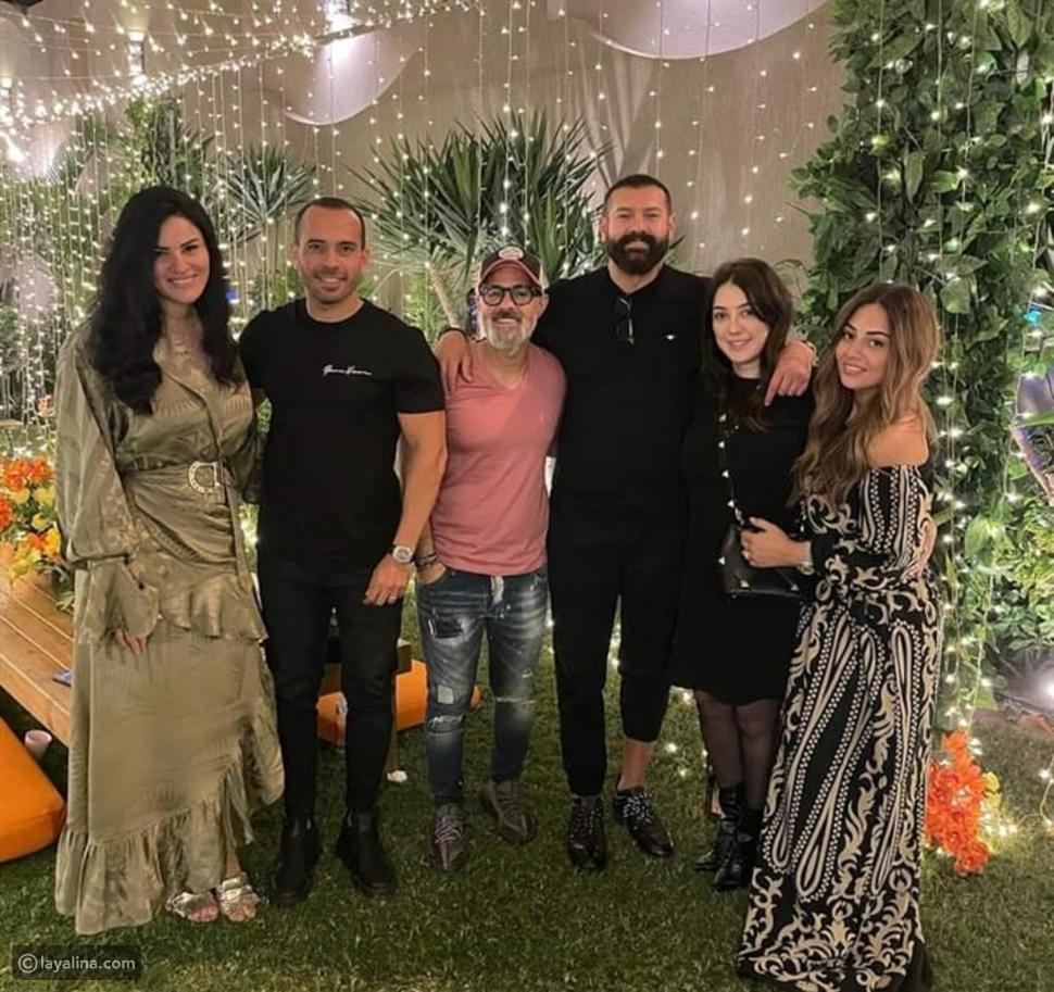 أحمد حلمي ومنى زكي والسقا وعدد من النجوم في حفل إفطار مدير أعمال حماقي